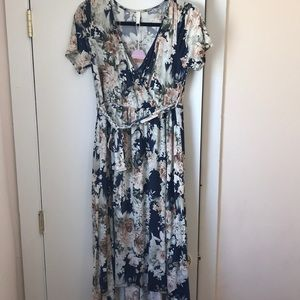 *BRAND NEW* High Low Floral Dress